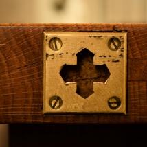 Sint Joriskerk, kruis op tafel - Copyright